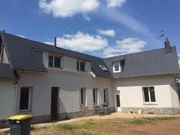 nettoyer son toit et enlever la mousse : faites appel à GM Entretrenir, Le spécialiste du démoussage toiture dans leNord pas de Calais Picardie Somme